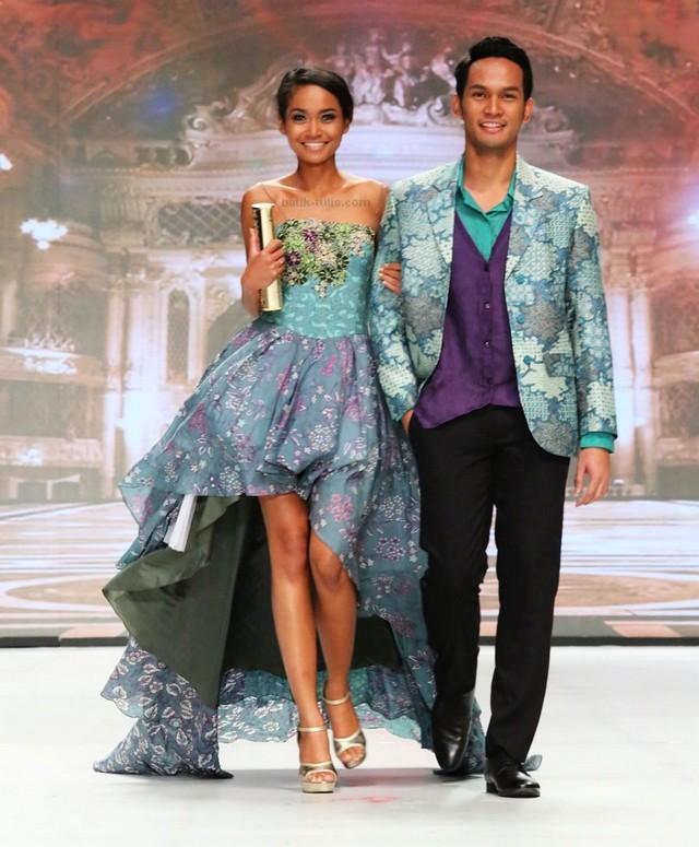 model baju batik masa kini