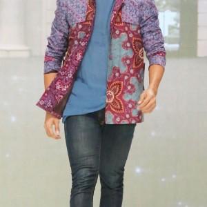 model baju batik pria modern