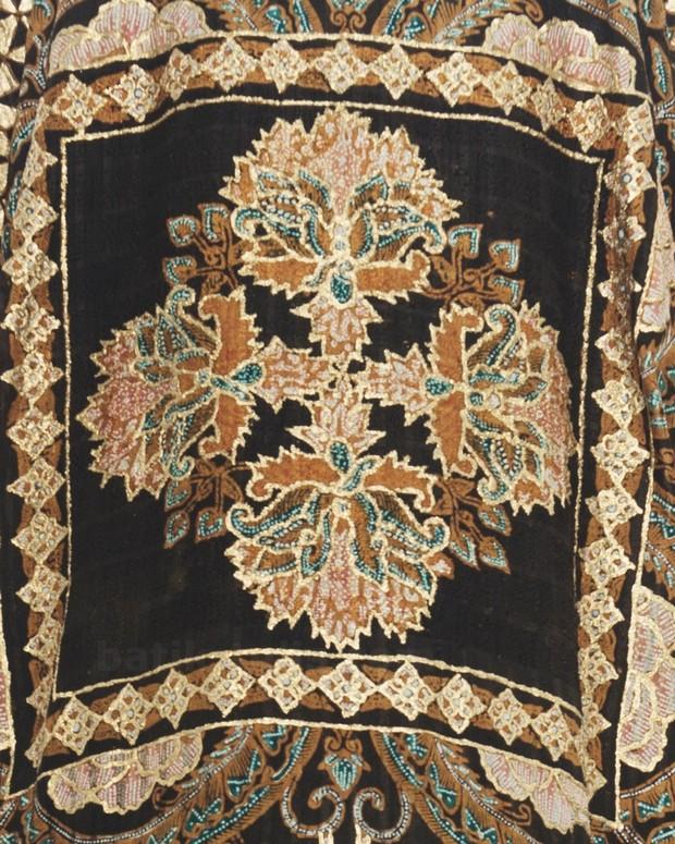 baju batik dewaraja kaftan