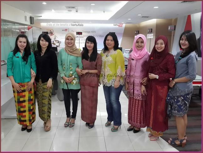 Model Baju Batik untuk Kerja yang Modis
