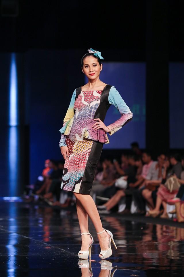 model baju batik kerja modern
