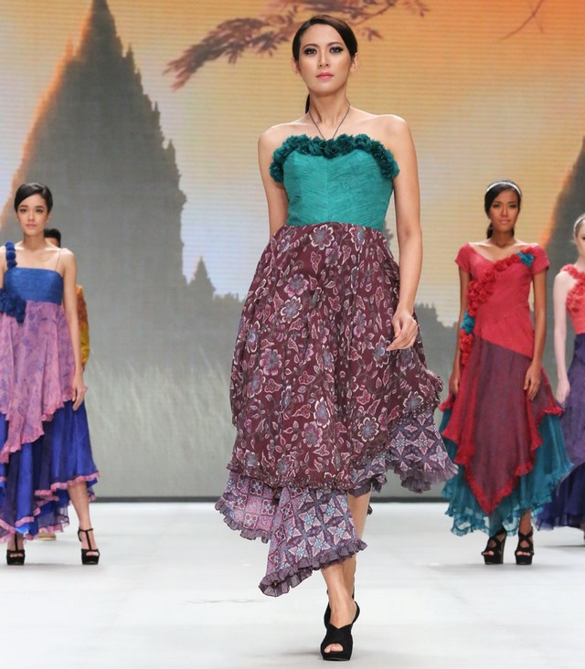 model baju batik modis