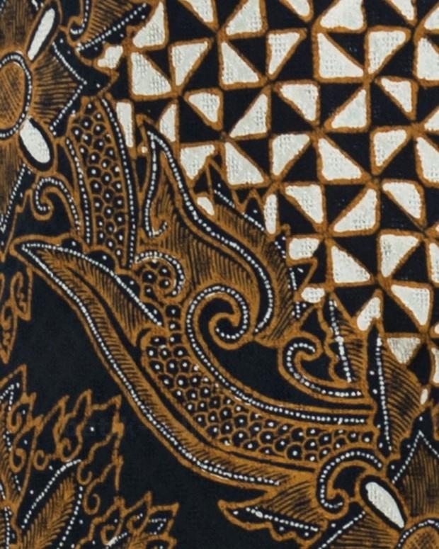 kain batik dewaraja