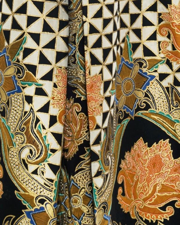 motif batik dewaraja