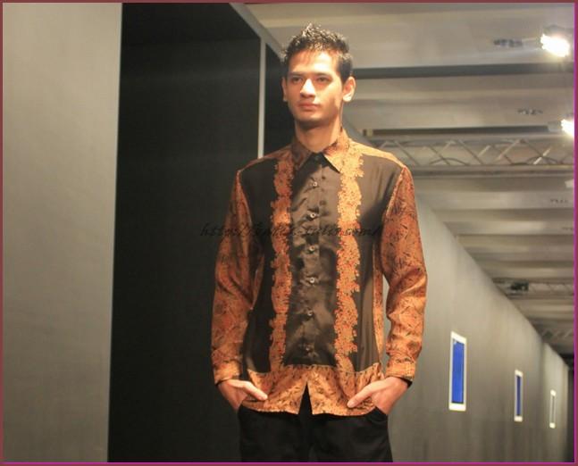 gambar model baju batik pria
