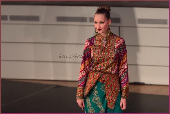 model baju batik atasan kombinasi